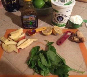 This had apple, spinach, yogurt, honey, ginger, and lemon.